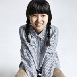 Bluzka w paski dla dziewczynki Mayoral 7137-17 Granatowy