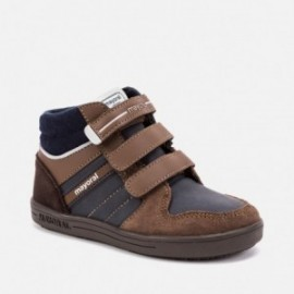 Buty przejściowe na trzy rzepy dla chłopaka Mayoral 44097-52 Czekolada