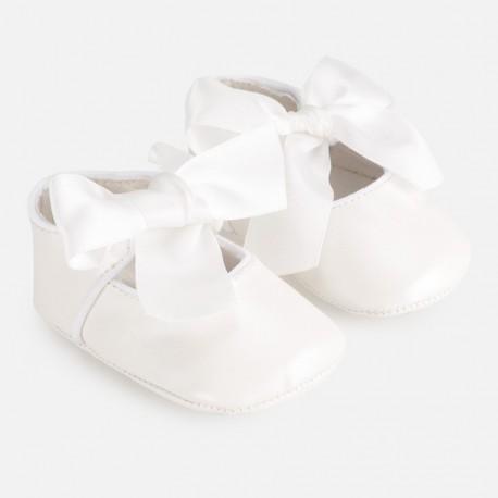 Buciki eleganckie dla dziewczynki Mayoral 9284-33 biały