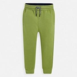 Długie spodnie sportowe dla chłopca Mayoral 742-23 zielone