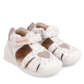 Sandały dziewczęce Biomecanics 202125 białe
